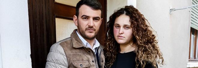 Tragjedi në familjen shqiptare në Itali, bebja e tyre gjendet e pajetë në krevat