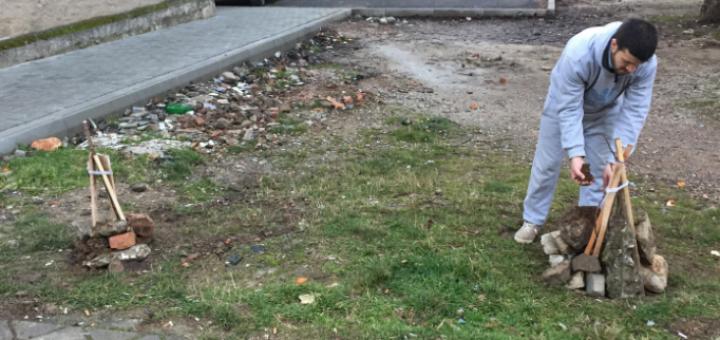 Të kthyer nga Gjermania, dy korçarët bëjnë në lagje atë që bashkia se ka bërë për vite
