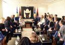 Rita Ora kthehet në Kosovë, gazeta e njohur britanike bën gafën e pafalshme