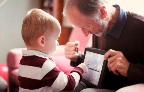 Jam penduar që i lash fëmijët në shtëpi me gjyshërit, vetëm edukatë nuk quhet ajo që po marrin