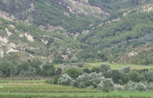 Fshati shqiptar ku askush nuk shkon nuse, meshkujt 50-vjeç dhe beqarë
