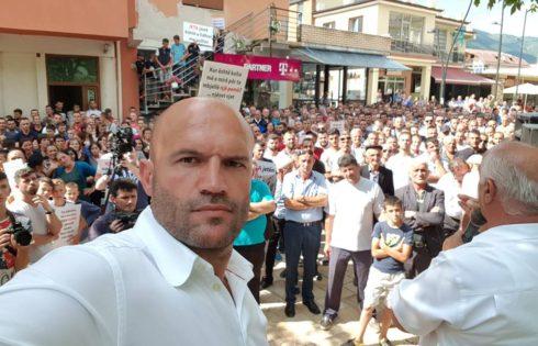 Erdhën nga Gjermania për të protesuar me popullin, Cfarë po ndodh ne Bulqize..