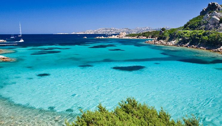 Mos guxoni të merrni rërë tek ky plazh,rrezikoni të gjobiteni deri në 3000 euro