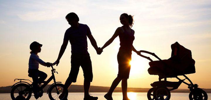 """""""I dua shumë fëmijët e mi, por im shoq vjen gjithmonë para tyre""""/ Letra e gruas që po ngjall diskutime në rrjetet sociale"""