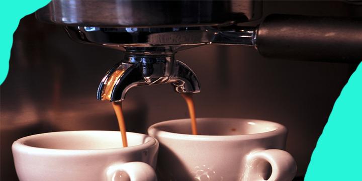 """Doktorët me urdhër të prerë! """"Para se të pini kafen në mëngjes, kini parasysh këto pesë gjëra"""""""